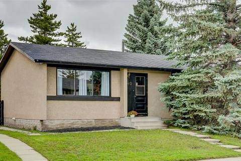 House for sale at 740 Pinecliff Rd Northeast Calgary Alberta - MLS: C4257241