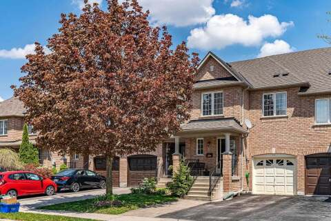 Townhouse for sale at 741 Joe Persechini Dr Newmarket Ontario - MLS: N4773769