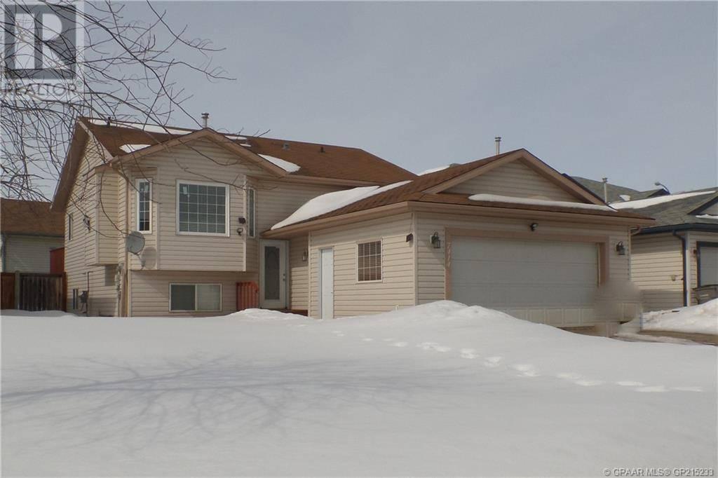 House for sale at 7414 107 St Grande Prairie Alberta - MLS: GP215233