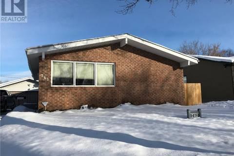House for sale at 742 Agnew St Prince Albert Saskatchewan - MLS: SK799052
