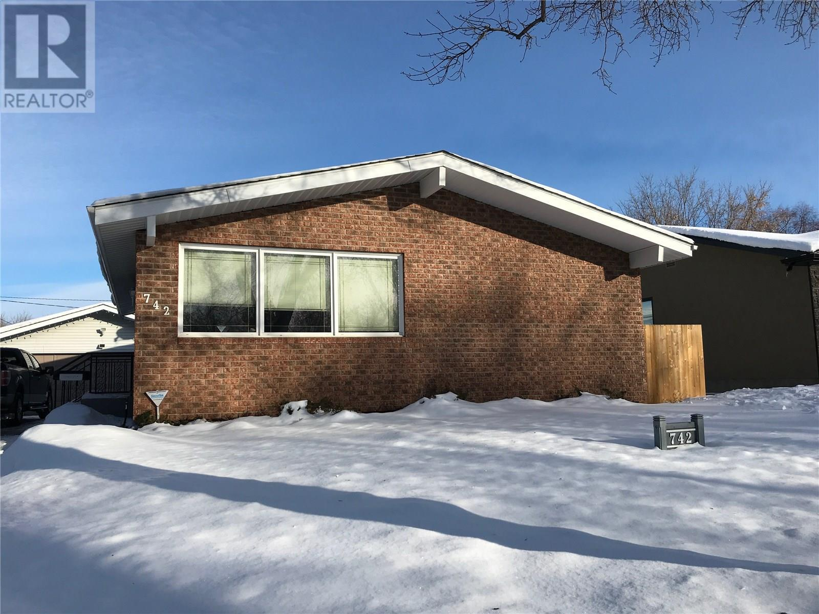Removed: 742 Agnew Street, Prince Albert, ON - Removed on 2020-02-25 04:42:14