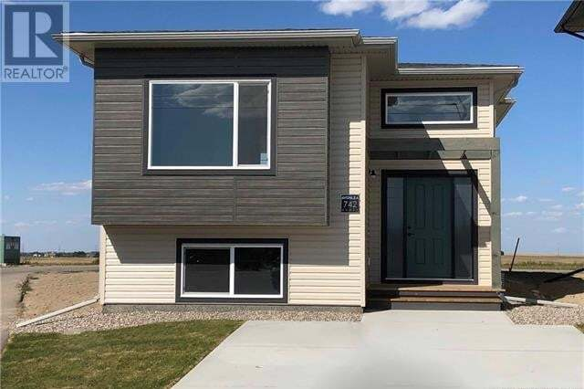 House for sale at 742 Greywolf Run Lethbridge Alberta - MLS: LD0186058
