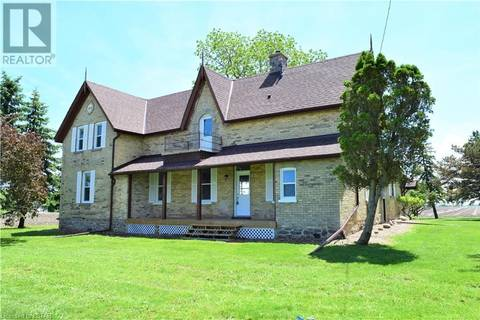 House for sale at 7429 Lakeshore Rd Lambton Shores Ontario - MLS: 180251