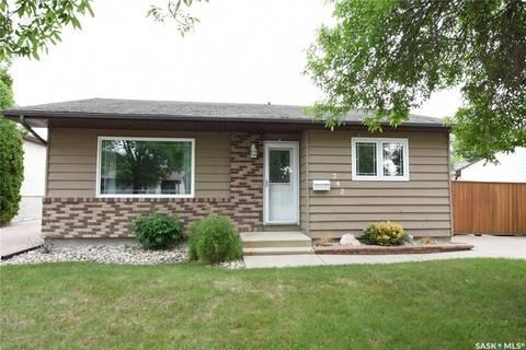 House for sale at 743 Vanier Dr Regina Saskatchewan - MLS: SK768066