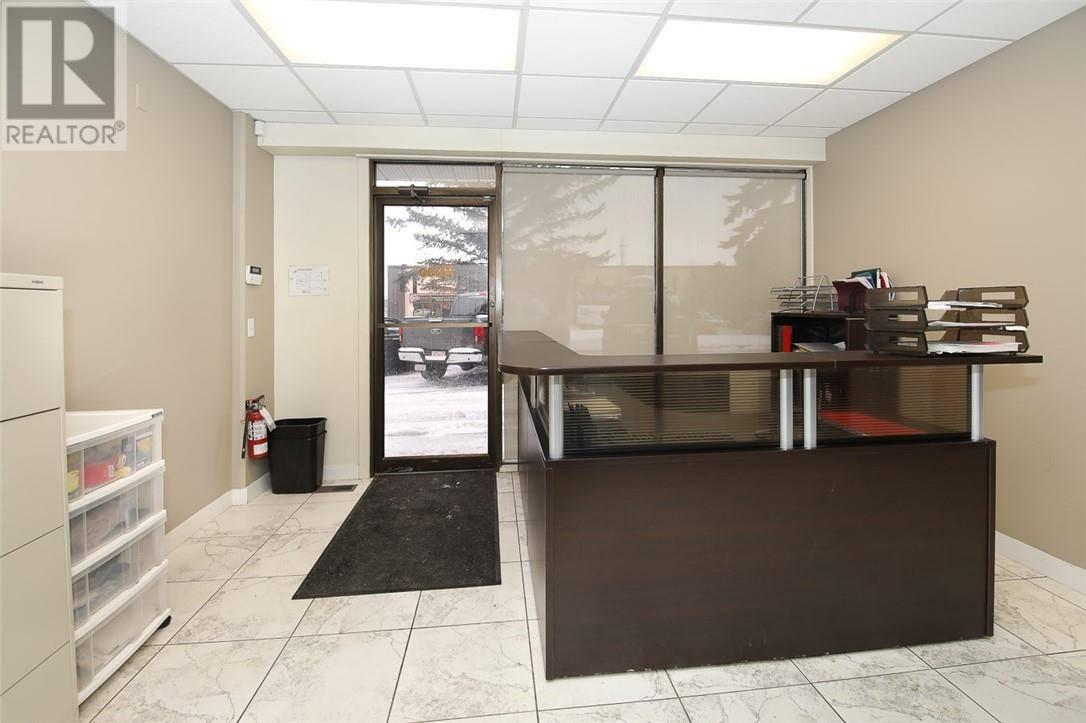 7439 - 49 Avenue Crescent, Red Deer | Image 2