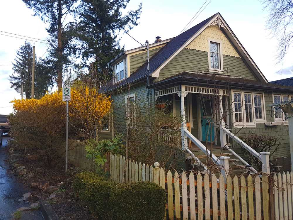 For Sale: 7442 Grand Street, Mission, BC   3 Bed, 1 Bath House for $499,900. See 19 photos!