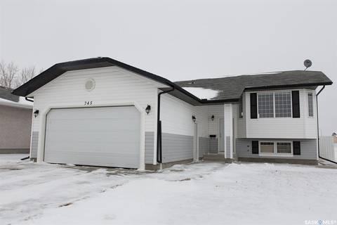House for sale at 745 3rd St N Martensville Saskatchewan - MLS: SK804344