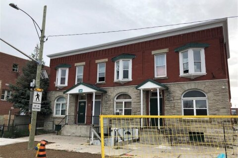 Home for sale at 745 Dundas St London Ontario - MLS: 40043102