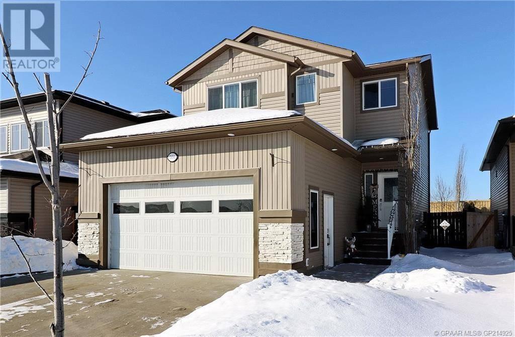 House for sale at 7454 91 St Grande Prairie Alberta - MLS: GP214925
