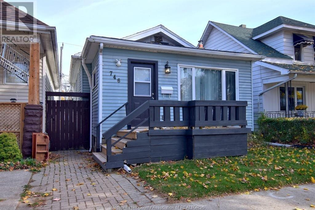 House for sale at 746 Bridge  Windsor Ontario - MLS: 20014996