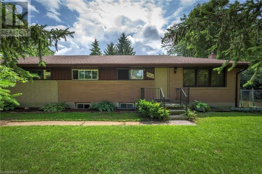 House for sale at 746 Oxford St West London Ontario - MLS: 212736