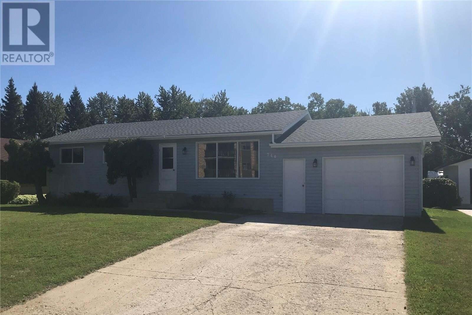 House for sale at 746 Portage Ave Wadena Saskatchewan - MLS: SK826559