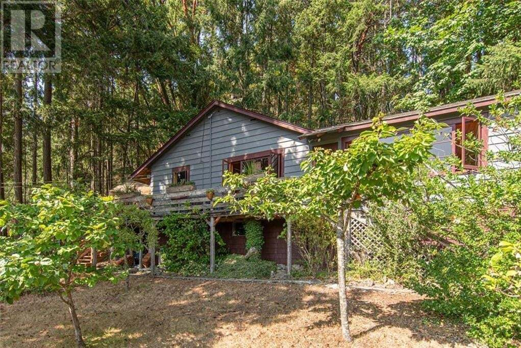 House for sale at 746 Vesuvius Bay Rd Salt Spring Island British Columbia - MLS: 426312