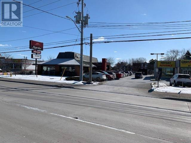 Commercial property for lease at 7475 Tecumseh Rd East Windsor Ontario - MLS: 20001819