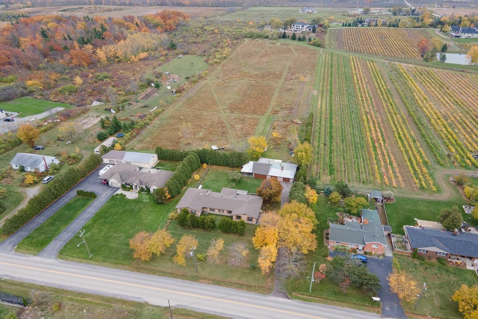House for sale at 748 Ridge Rd Hamilton Ontario - MLS: X4970538
