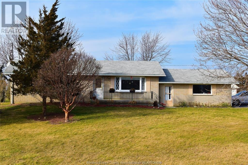 7499 Middle Line Road, Charing Cross   Image 1