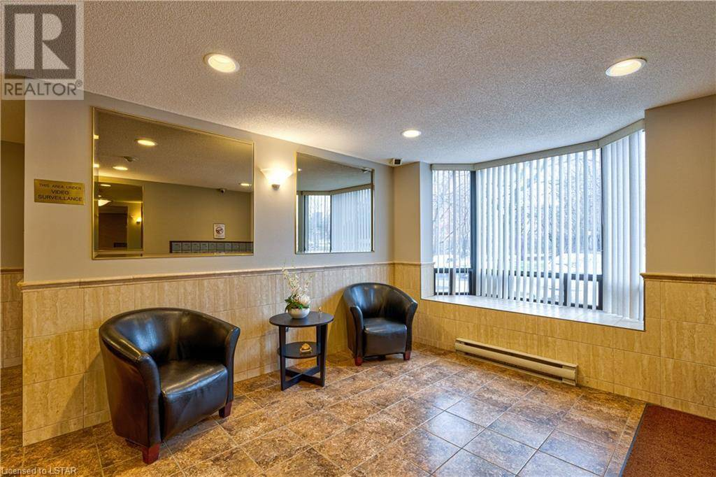 Condo for sale at 705 Huxley St Unit 75 London Ontario - MLS: 252504