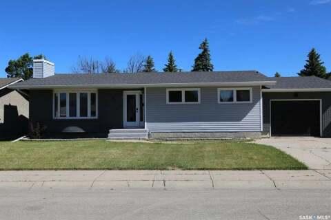 House for sale at 75 Bluebell Cres Moose Jaw Saskatchewan - MLS: SK813172