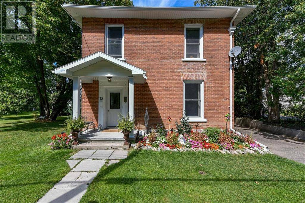 75 Division North Street, Arnprior | Image 1