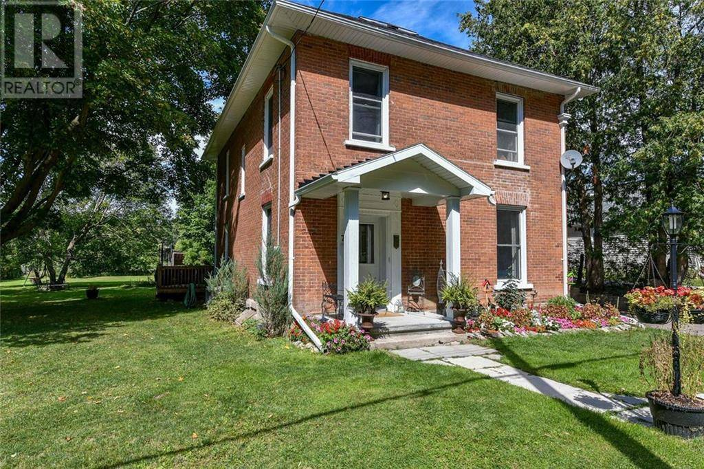 75 Division North Street, Arnprior | Image 2