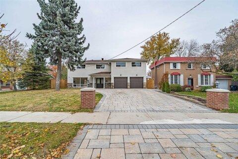 House for sale at 75 Kingslake Rd Toronto Ontario - MLS: C4980238