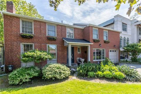 House for sale at 75 Lord Seaton Rd Toronto Ontario - MLS: C4492225