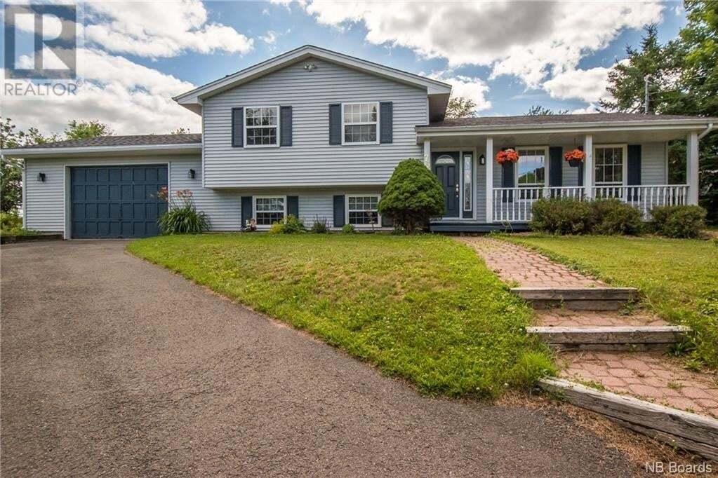 House for sale at 75 Loyalist Dr Hampton New Brunswick - MLS: NB045937