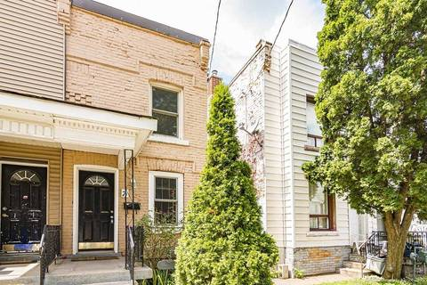 Townhouse for sale at 8 Madison Ave Hamilton Ontario - MLS: X4541596