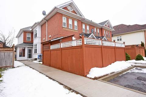 Townhouse for sale at 75 Oatfield Rd Brampton Ontario - MLS: W4702031