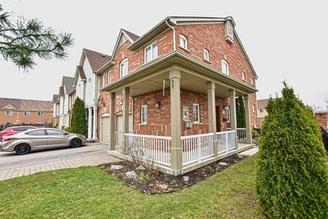 Townhouse for sale at 75 Plantation Ct Whitby Ontario - MLS: E4435633
