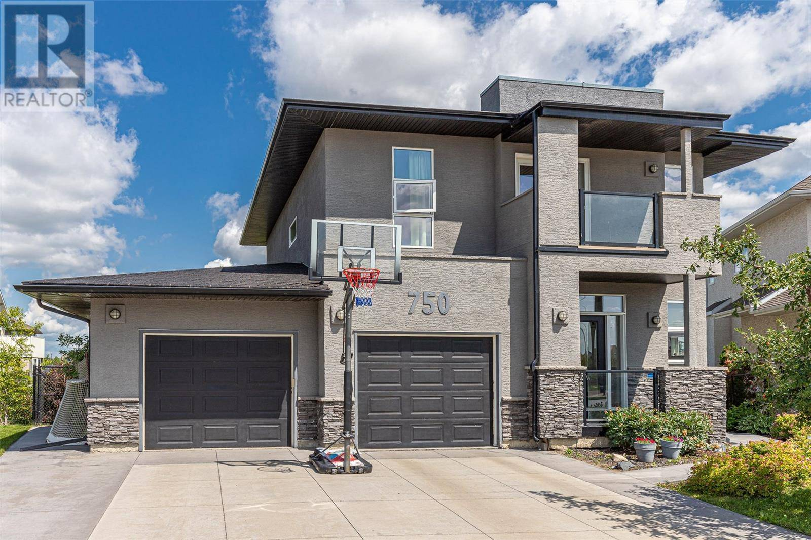 House for sale at 750 Greaves Cres Saskatoon Saskatchewan - MLS: SK788284