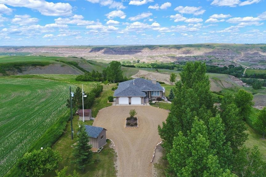 House for sale at 750 Monarch Hill Other Drumheller Alberta - MLS: SC0138461