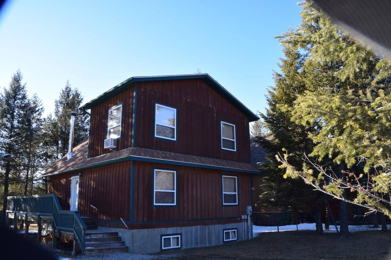 House for sale at 7501 Pine Cone Lane  Radium Hot Springs British Columbia - MLS: 2450834
