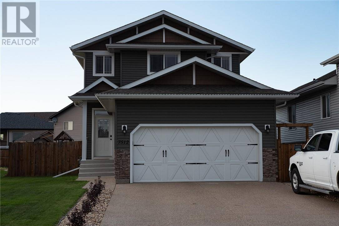 House for sale at 7512 38a Ave Camrose Alberta - MLS: ca0177157