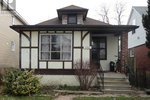 House for sale at 752 Rankin  Windsor Ontario - MLS: 19016039
