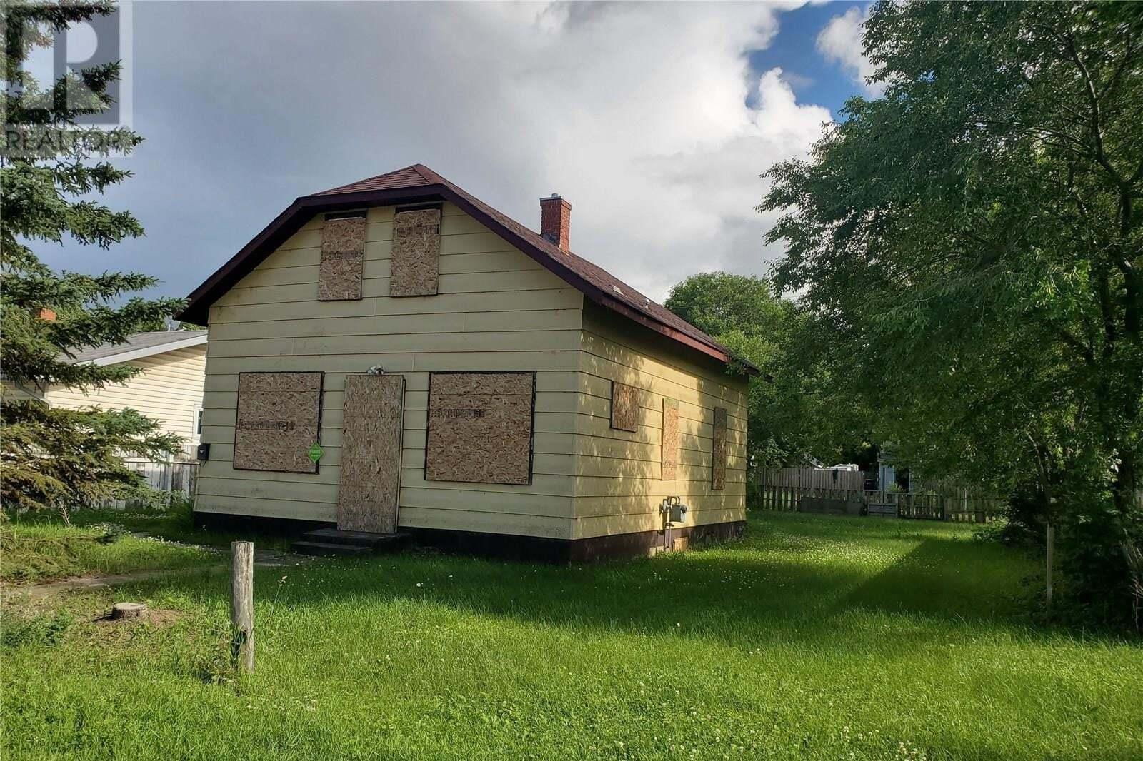 House for sale at 753 17th St W Prince Albert Saskatchewan - MLS: SK817367