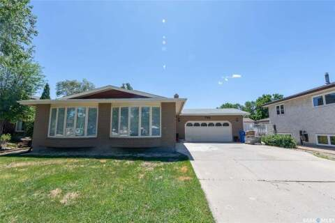 House for sale at 753 Dalgliesh Dr Regina Saskatchewan - MLS: SK813406