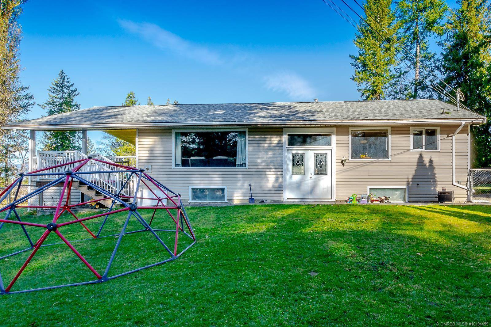 House for sale at 7537 Hudson Rd Salmon Arm British Columbia - MLS: 10194459