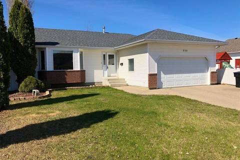 House for sale at 755 Konihowski Rd Saskatoon Saskatchewan - MLS: SK799248