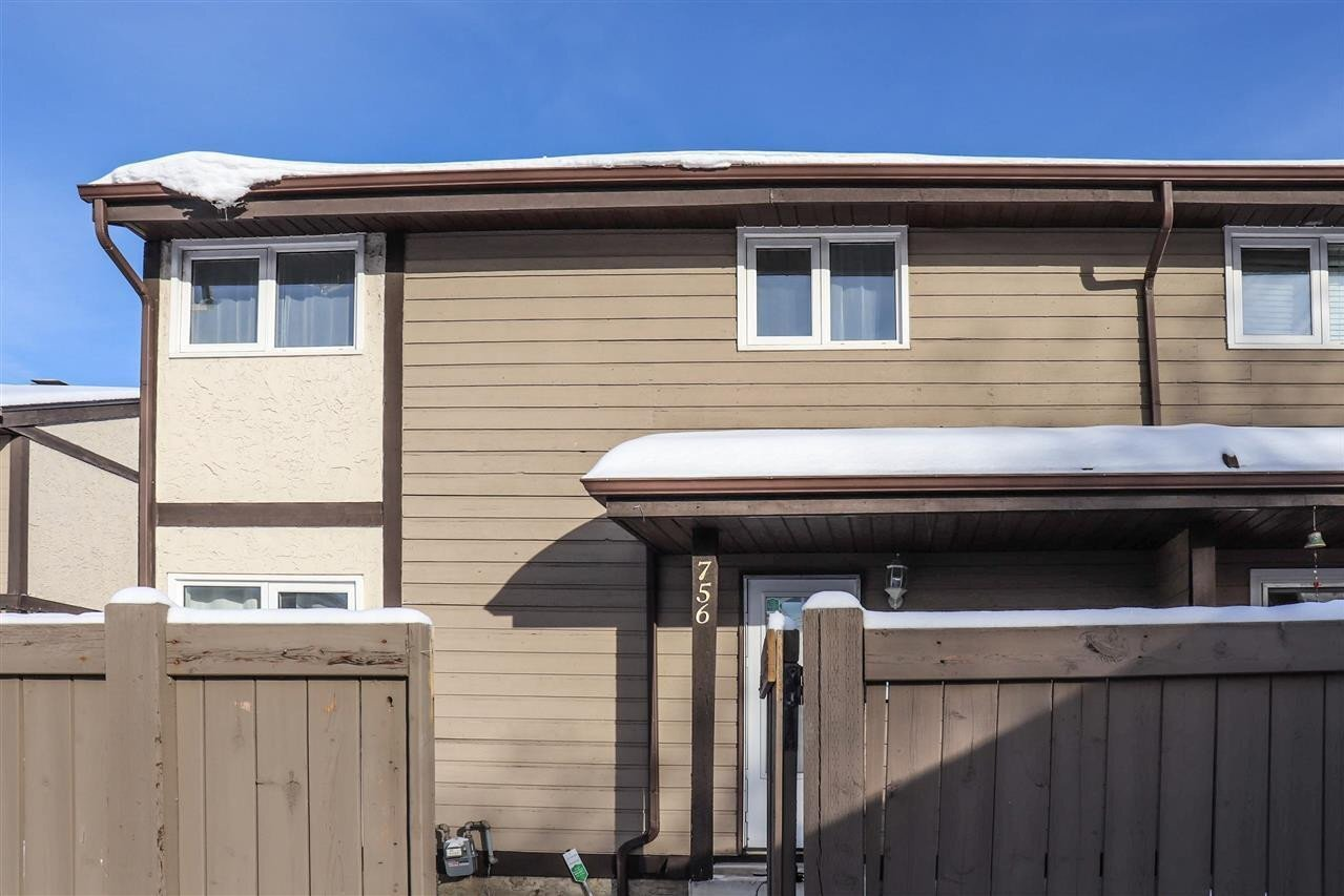 Townhouse for sale at 756 Clareview Rd NW Edmonton Alberta - MLS: E4215140