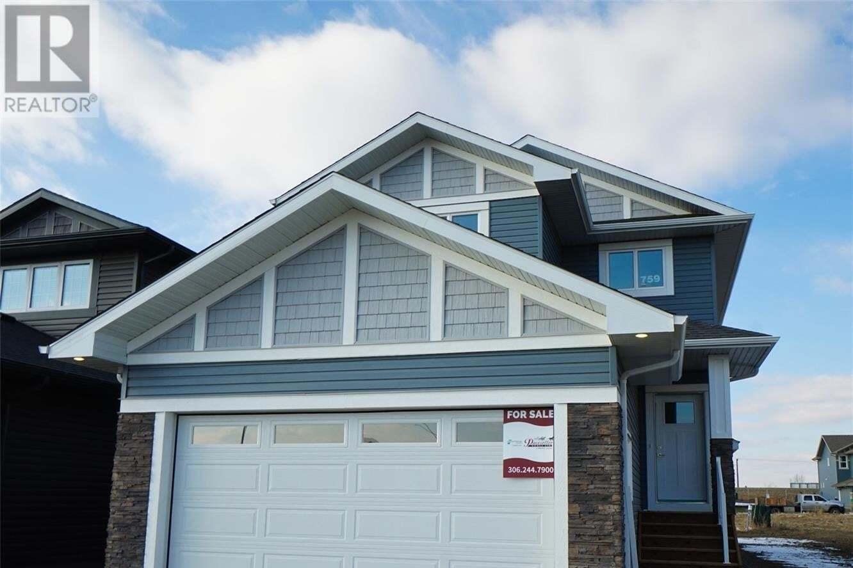 House for sale at 759 Mcfaull Ln Saskatoon Saskatchewan - MLS: SK831075