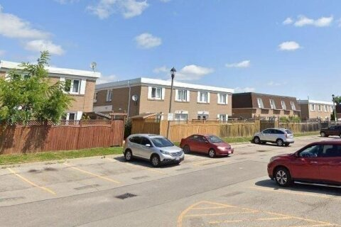 Townhouse for sale at 122 Town House Cres Unit 76 Brampton Ontario - MLS: 40037664