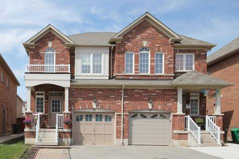 Townhouse for sale at 76 Crumlin Cres Brampton Ontario - MLS: W4692400