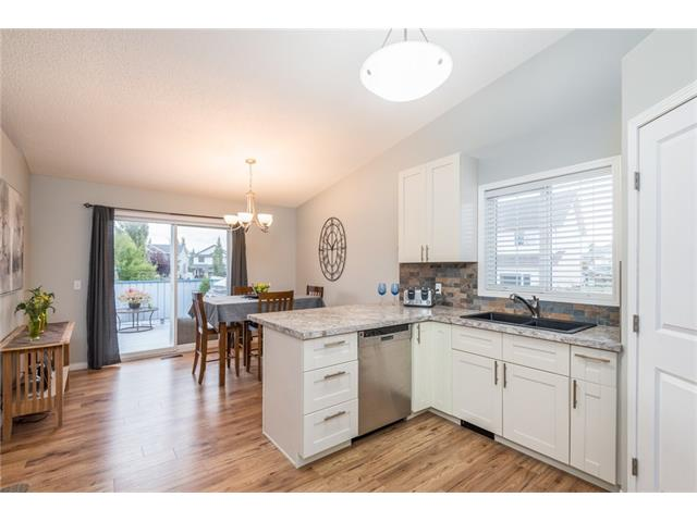 Sold: 76 Crystalridge Crescent, Okotoks, AB
