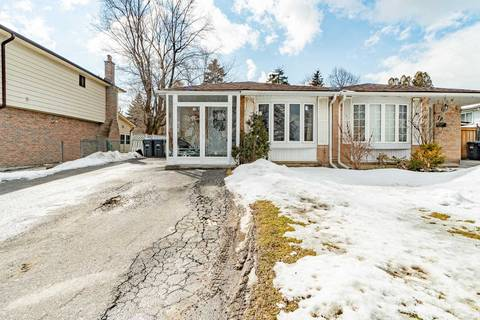 Townhouse for sale at 76 Greenmount Rd Brampton Ontario - MLS: W4707982