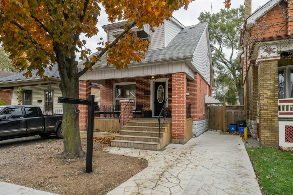 House for sale at 76 London Street Hamilton Ontario - MLS: X4299733
