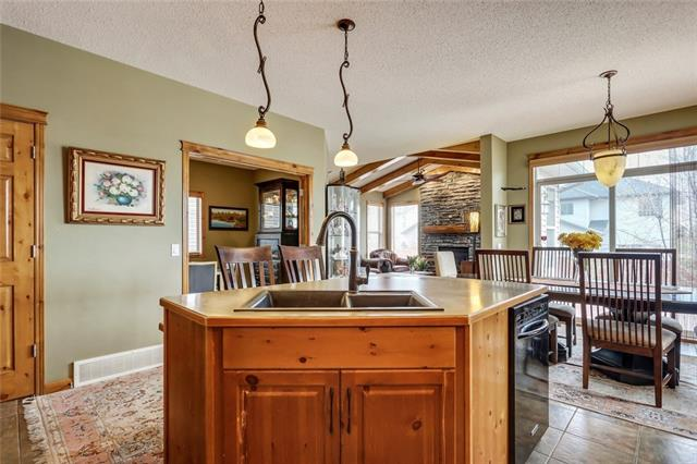 For Sale: 76 New Brighton Drive Southeast, Calgary, AB | 4 Bed, 3 Bath House for $549,900. See 36 photos!