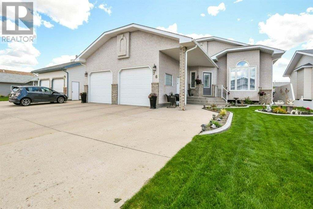 House for sale at 76 Schneider Cres Southeast Medicine Hat Alberta - MLS: A1001664