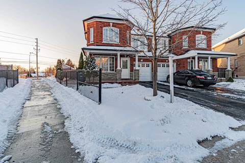 Townhouse for sale at 76 Starhill Cres Brampton Ontario - MLS: W4649062