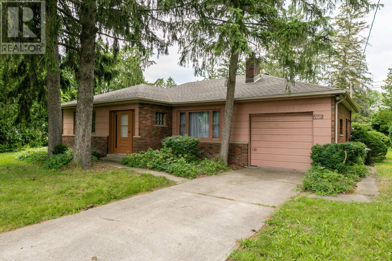 House for sale at 760 Cabana Rd West Windsor Ontario - MLS: 19024275
